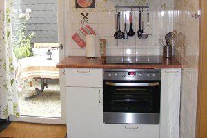 Küche mit Backofen & Herd